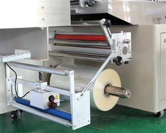 AG-WS400X休闲食品卧式一体包装机